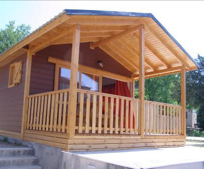 D coration de la maison construction de chalet en bois a for Constructeur de maison en bois ile de la reunion